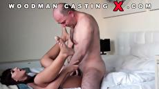 Очаровательная барышня пришла на секс кастинг Вудмана